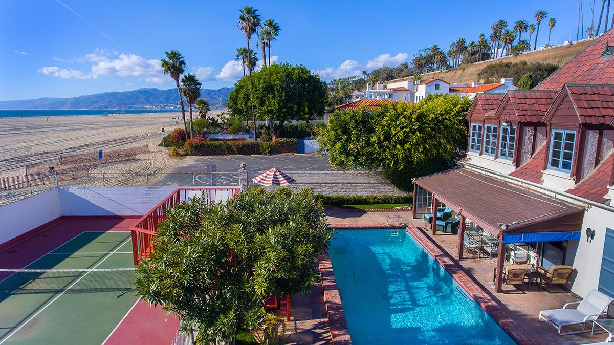 Hollywood Heritage on Santa Monica Beach
