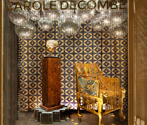 LEGENDS X Window - Galerie Carole Decombe by Alexandra Loew
