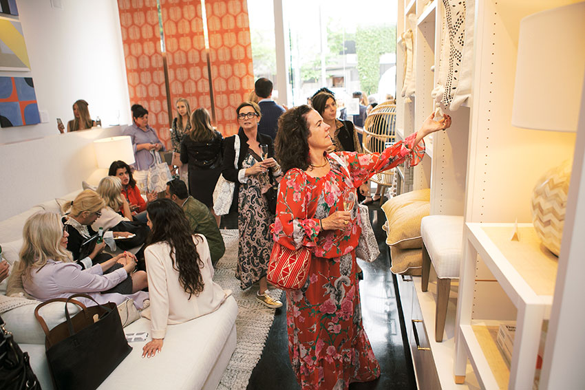 LCDQ LEGENDS 2019 Shop the Quarter